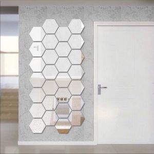 Other - 🎀 Hexagon Mirror SET Brand New 🎀